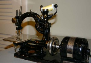 Willcox and Gibbs vintage sewing machine